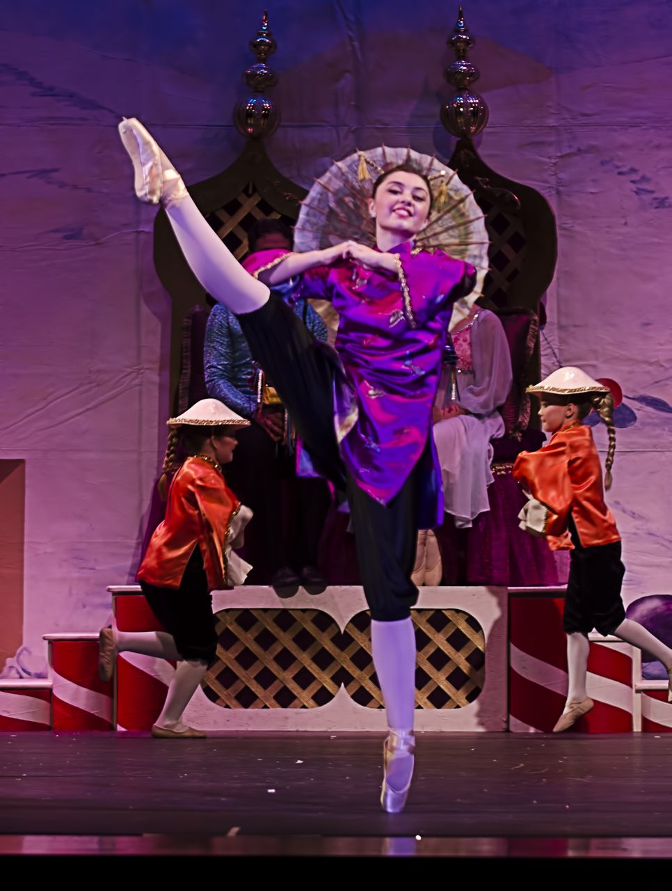 Nutcracker-2012-Sunday-504-shea-chinese.jpg