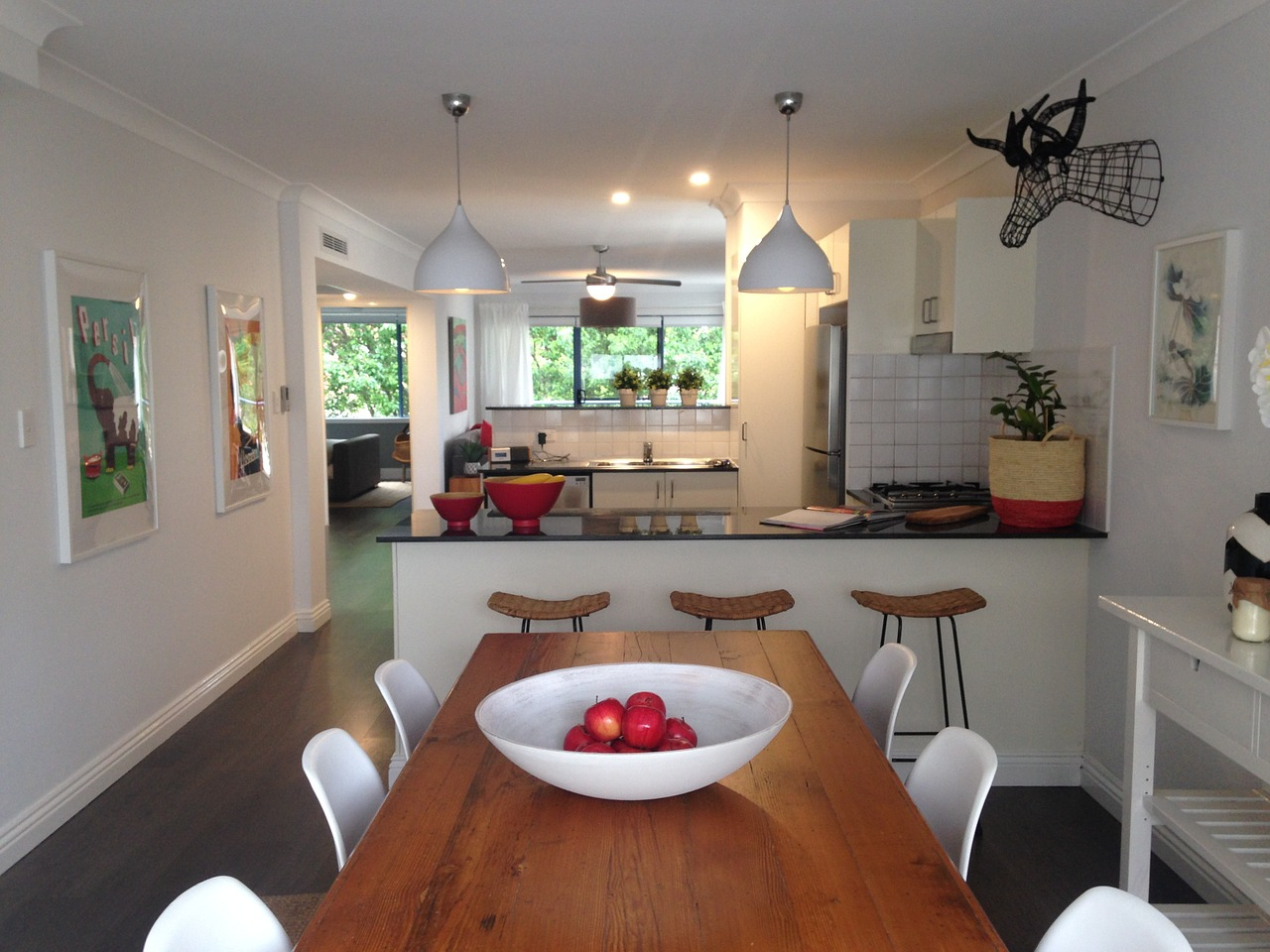 Sorting your kitchen before and after the move