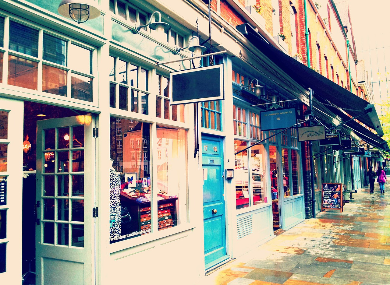 How to Ensure a Smooth Move for your Retail Space
