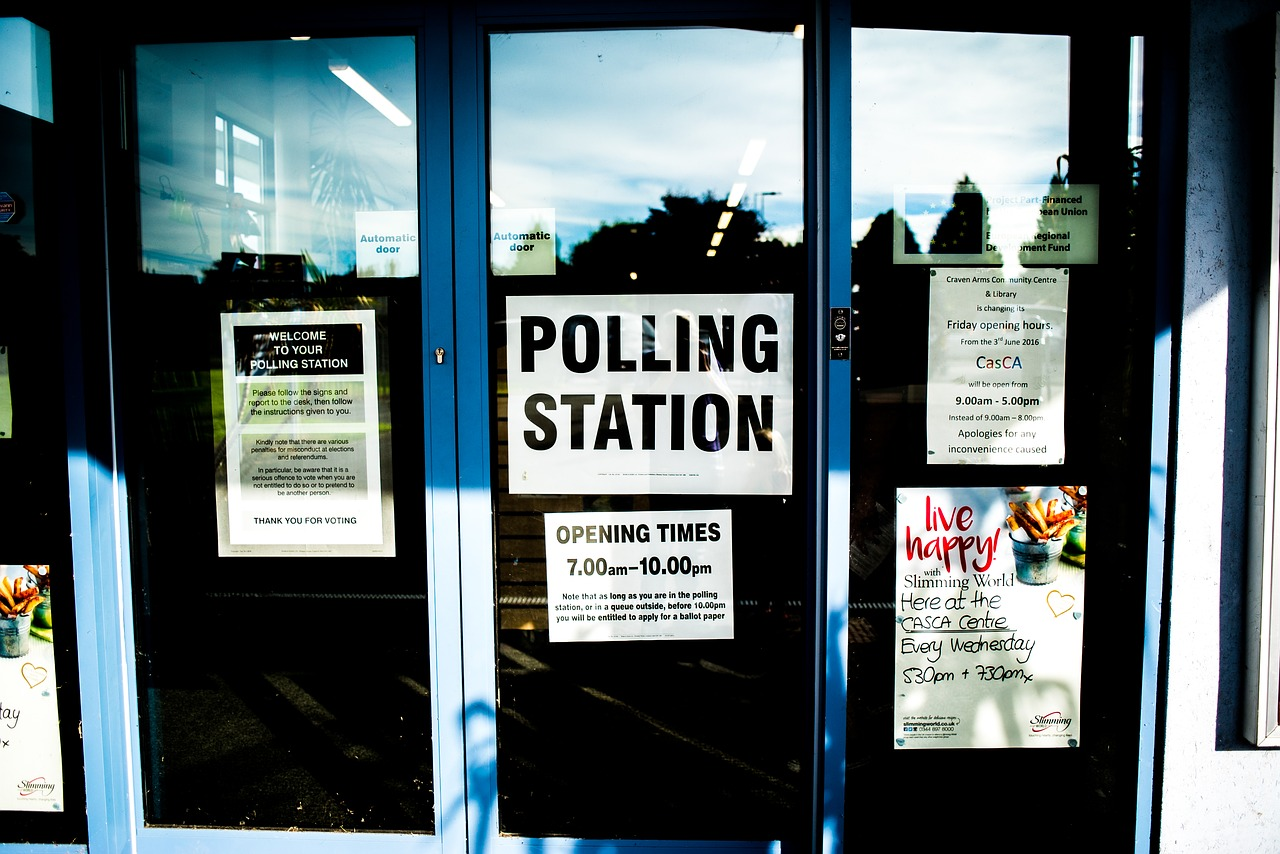 Ensuring you're registered to vote after moving home
