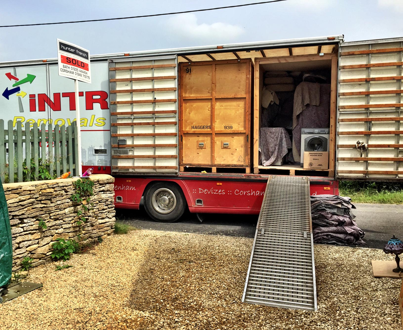 Removals in Warminster