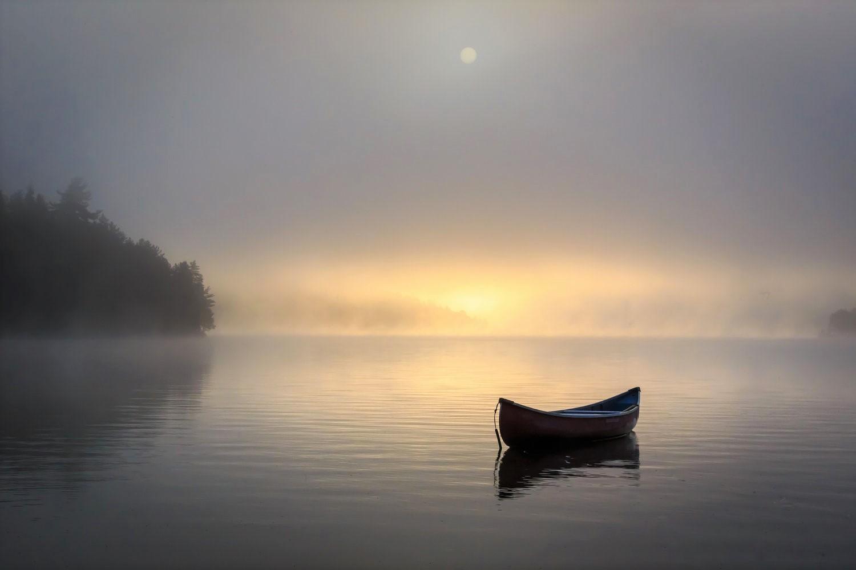 misty morning on lake getty image 473168848 edit.jpg