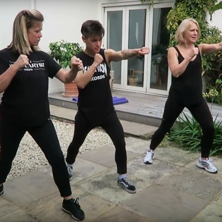 Hot Flush Fighting Fit: Fight Club With Aimee