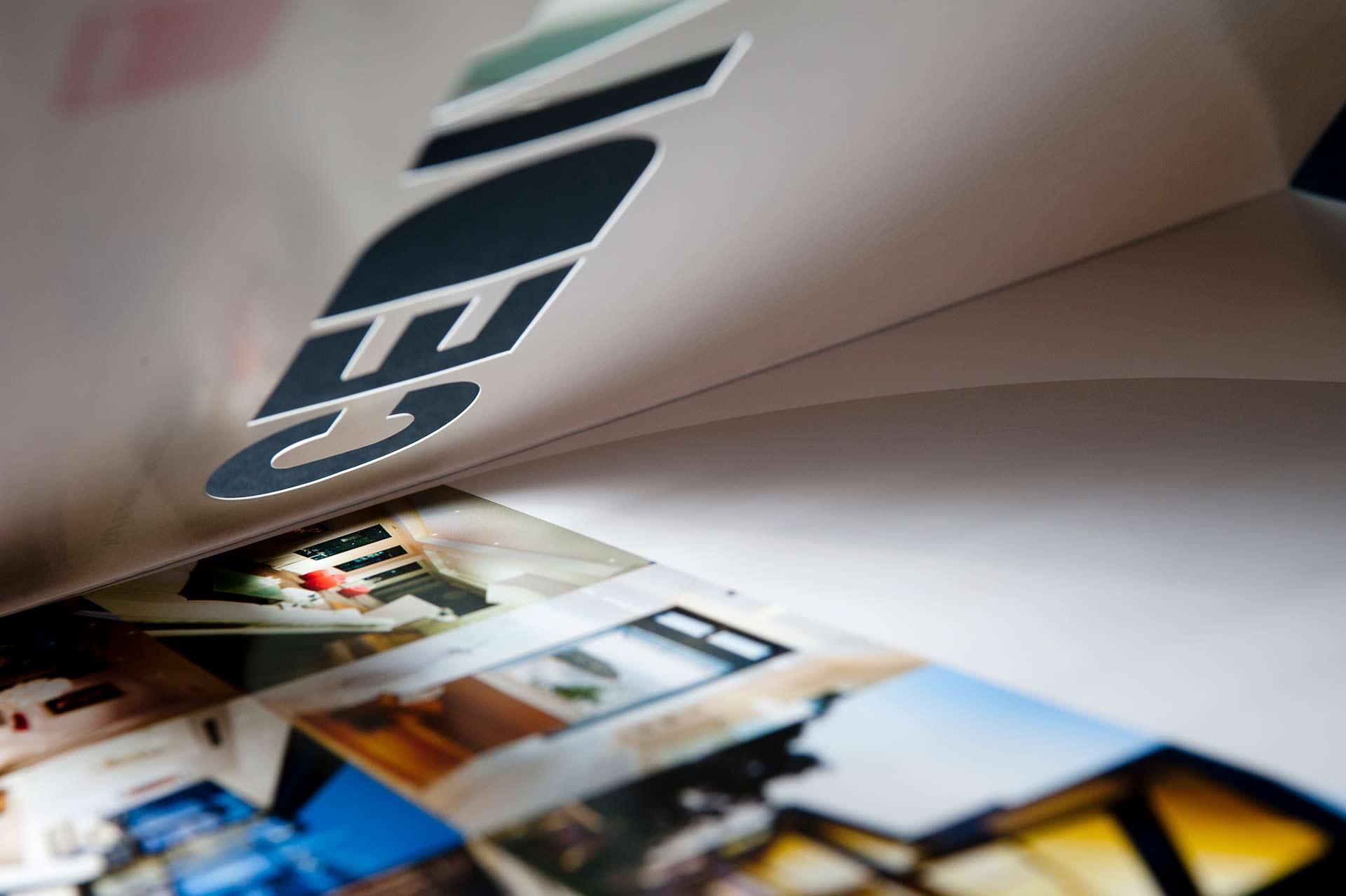 cedia-folder1.jpg