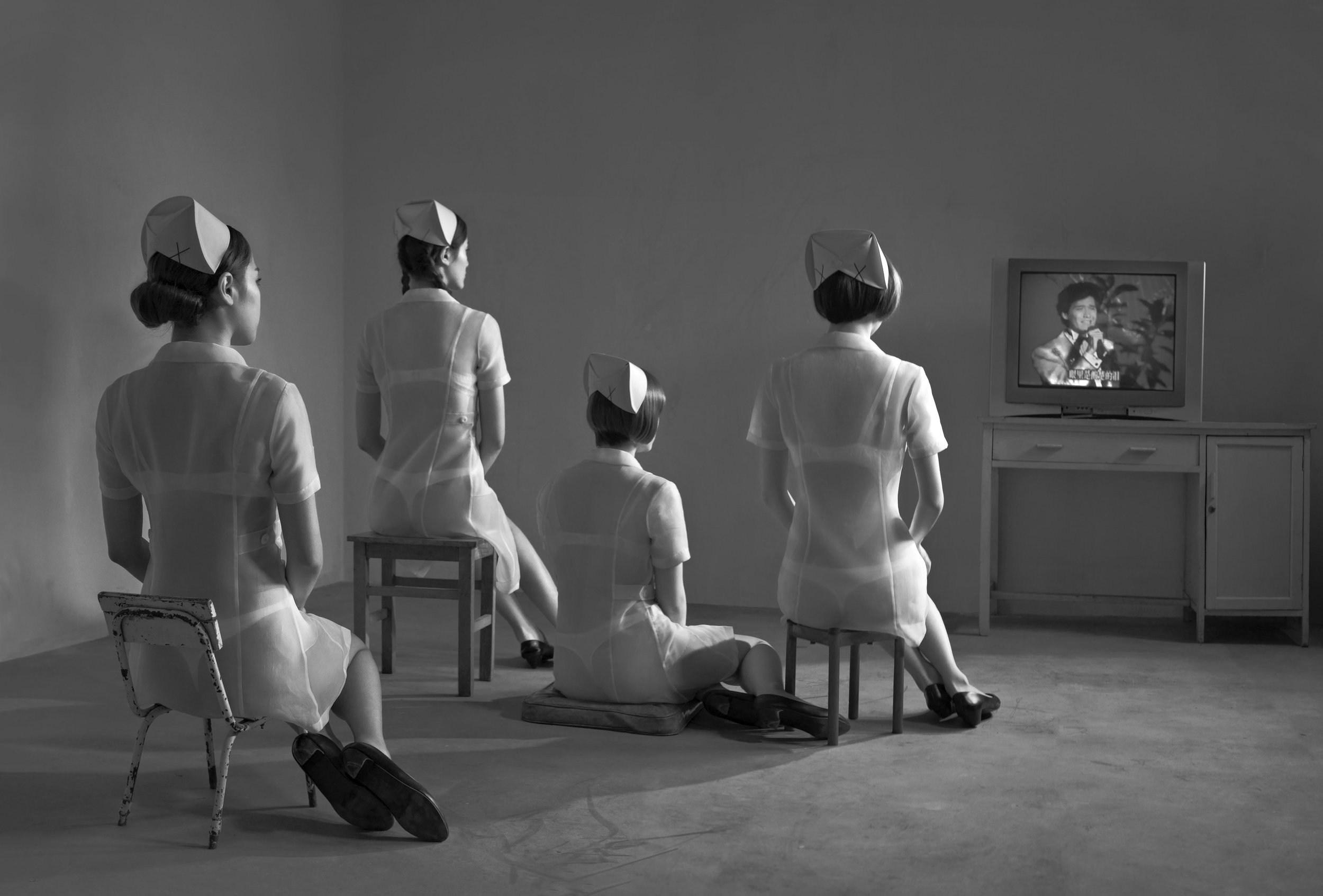 Chunwan (Chinese New Year, Spring Festival Gala) Series, Nurses Watching Television No.5