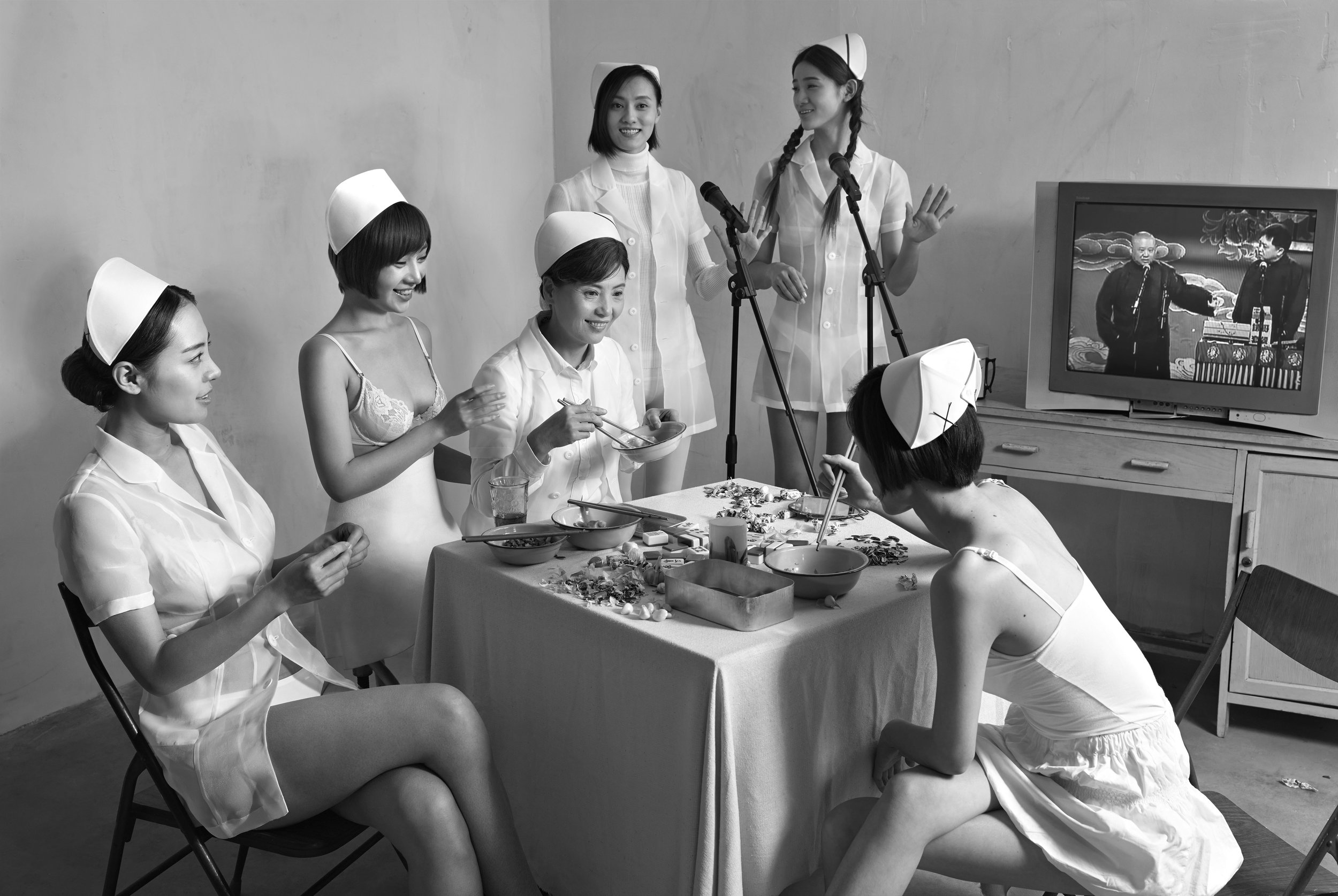 Chunwan (Chinese New Year, Spring Festival Gala) Series, Nurses Watching Television No.1