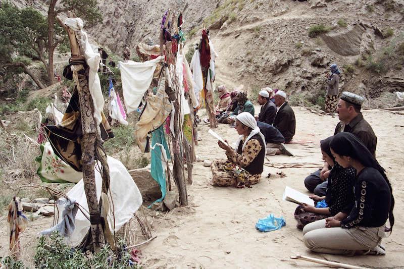 Hayrat Aisa (Uygur) - Mazar: The Soul Habitat of Uygur People