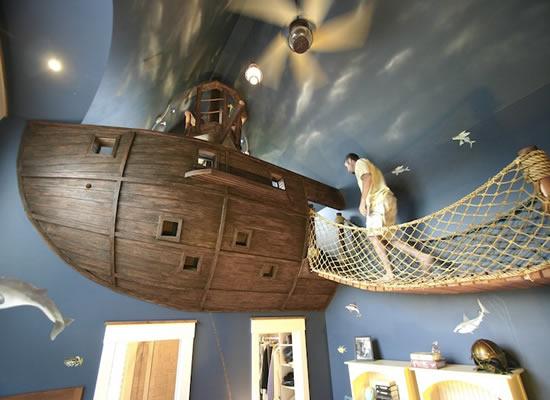 Apartment Hunters Nautical Theme