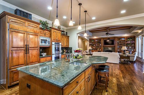 the-big-stuff-kitchen.jpg