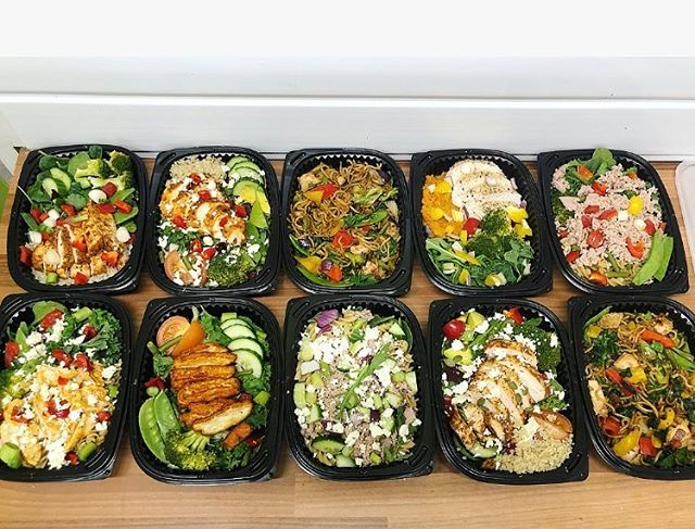 Pick up a box of goodness with one of our Grab 'N' Go boxes from @usnboltonarena🥦😵 #localgym #grabngo #avocadohealthbar #healthygoodfood
