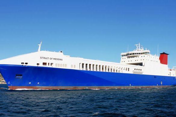 RoRo - Strait of Messina - Charter.jpg