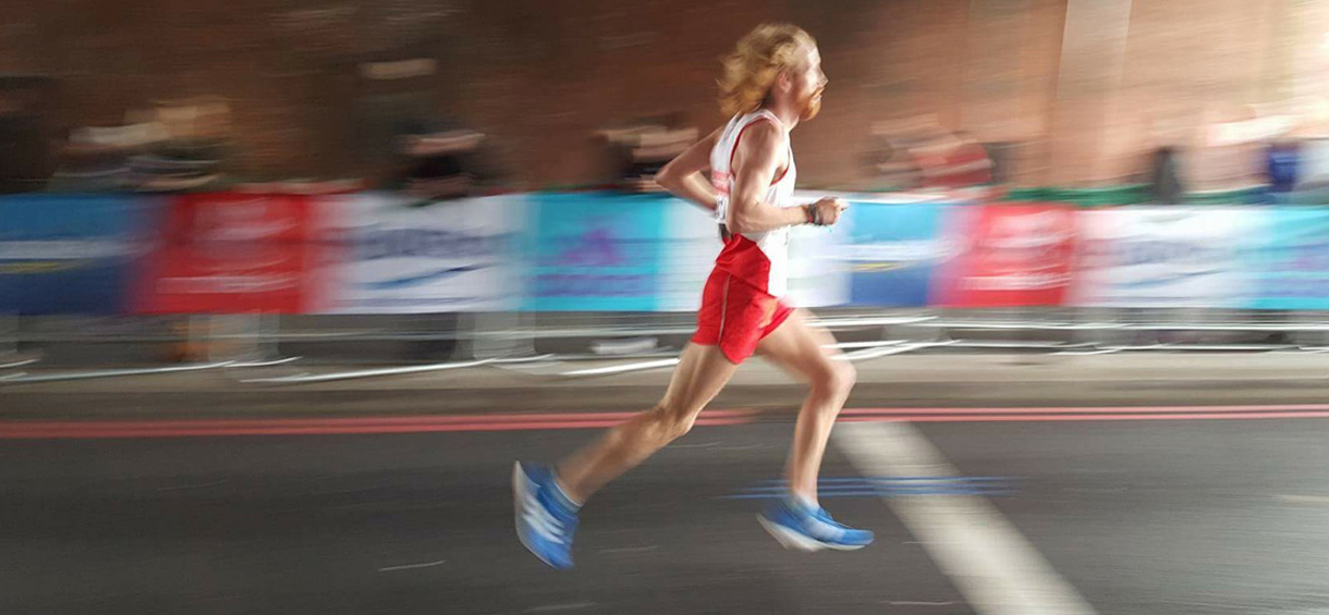 tom-payne-runner.jpg