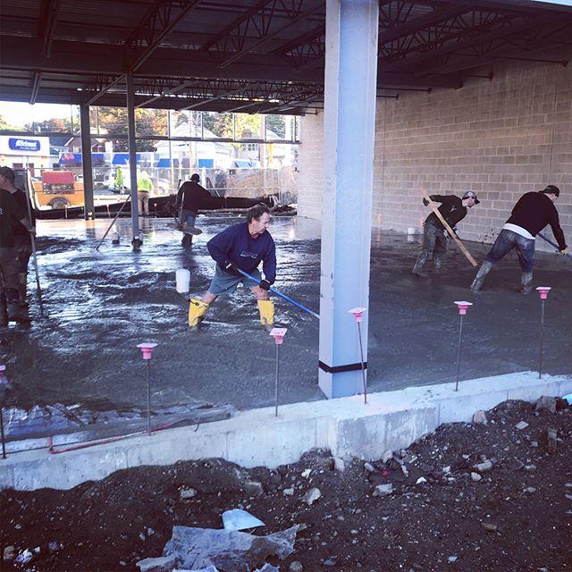 Concrete pour. 95 yards. 6:00am start. 11pm finish. #concrete #concretefloor #concretepour #flatwork #masonry #concrejungle #arquitecture #modernarquitecture #arquitectura #arquitecturamoderna #flow #flowable #solid #process #polishedconcrete #concretefinisher #plumbing #newconstruction #builder
