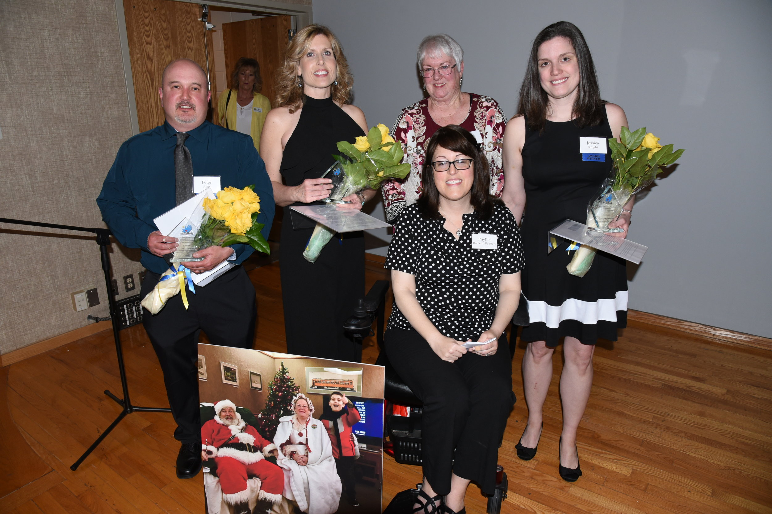 Phyllis Bonadio-Pappert and her Mom, Ann Bonadio, celebrate with 2019 Hands and Hearts Award Winners                                                                          (l-r) Peter Kent, Catherine Welch and Jessica Knight.