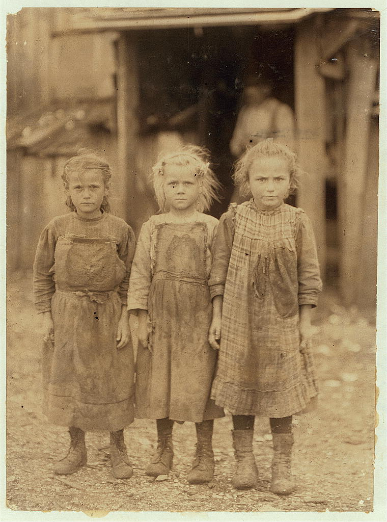 Josie, six year old, Bertha, six years old, Sophie, 10 years old (Library of Congress)