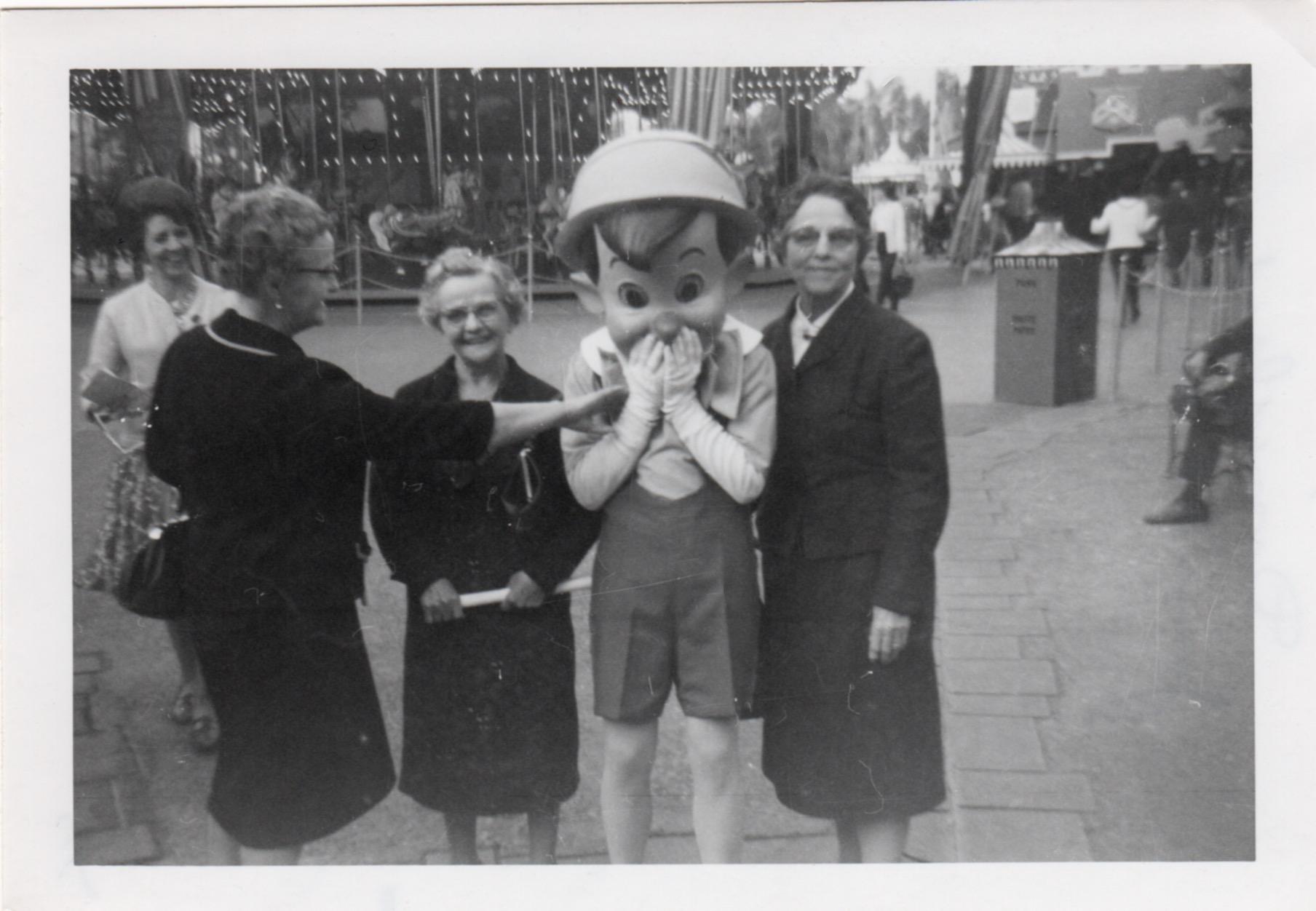 Disneyland, 1965 - Pinocchio