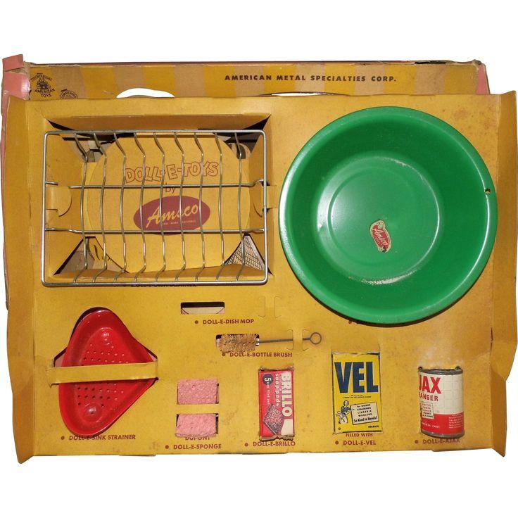 Vintage Amsco DollDoDish Dish Washing Set