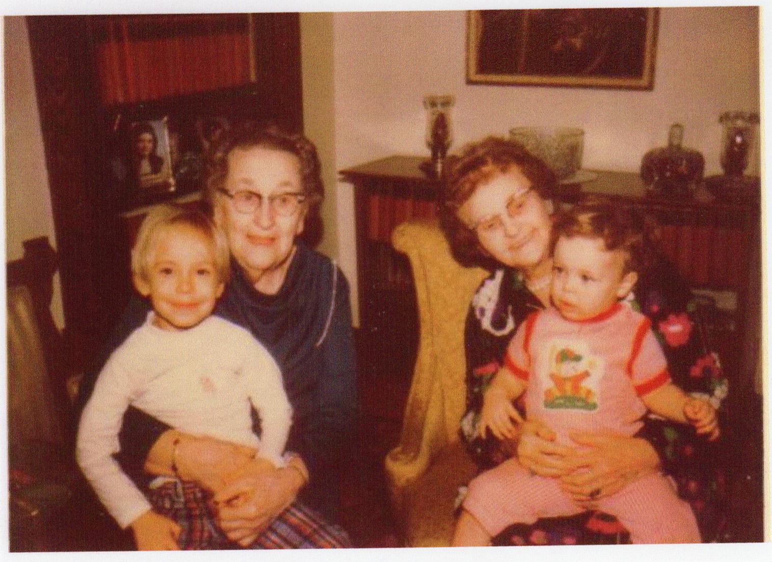 Alma Hanley and Ida Sears.jpg
