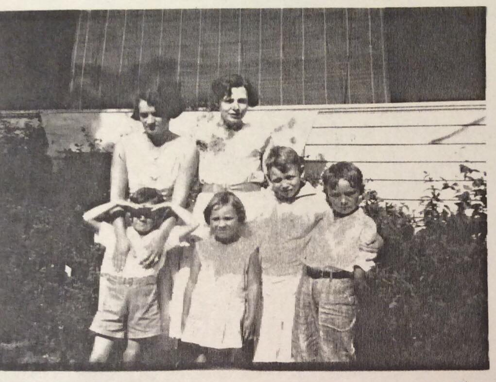 Thelma (left) and Charles Jr. (right) - 1932