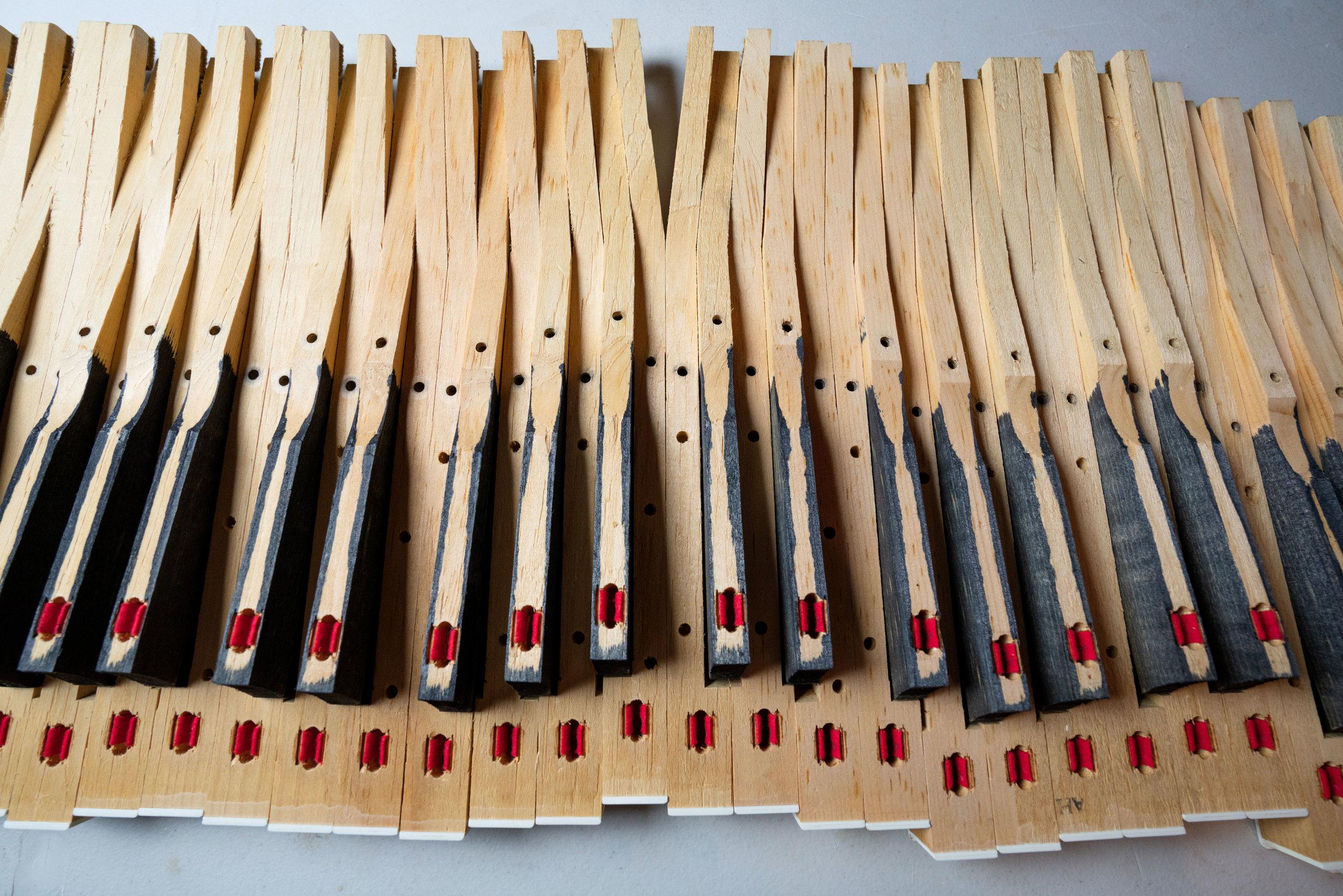 wurlitzer-200-key-bushing-felts.jpg