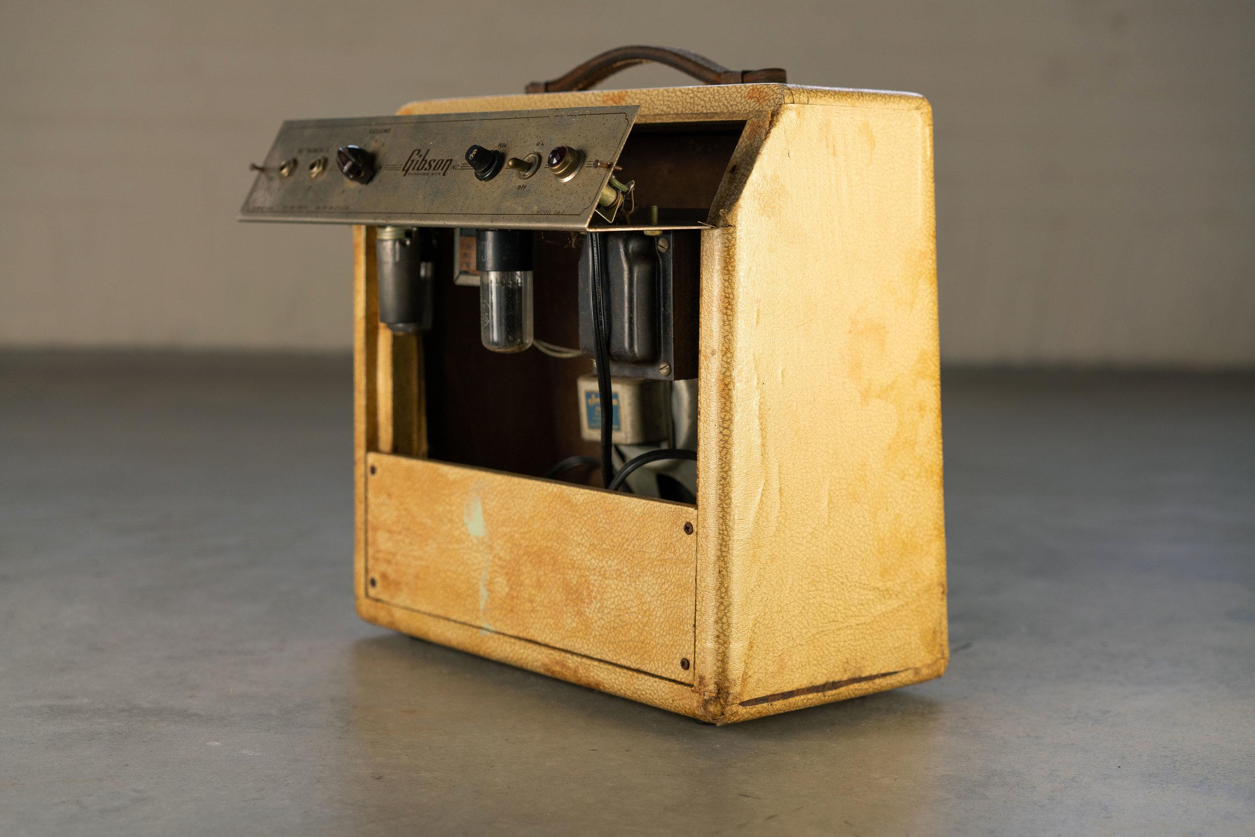 gibson-ga-5-amp.jpg
