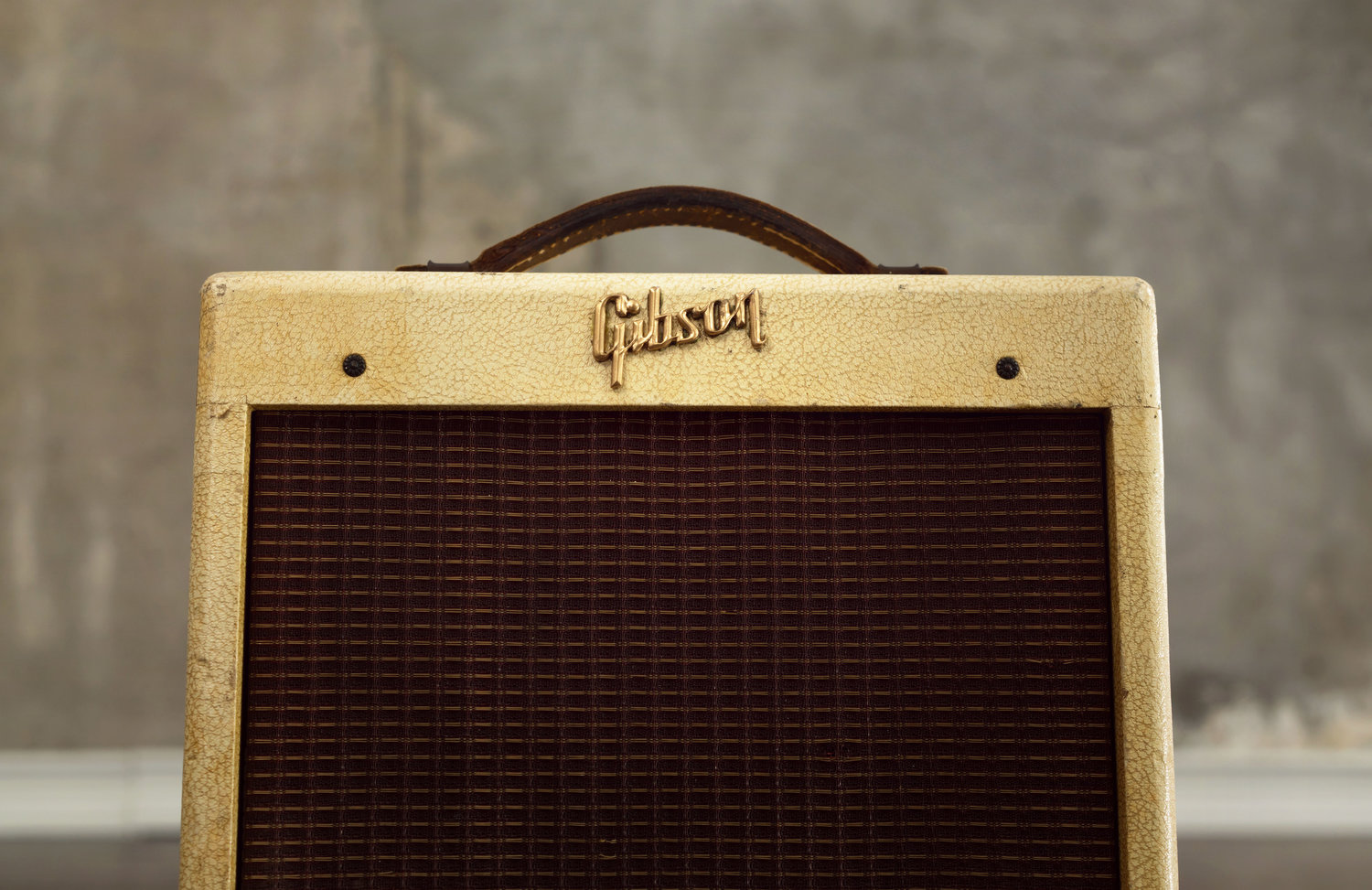 What is this Gibson GA-5 and Why Does It Remind Me of a Fender Champ?