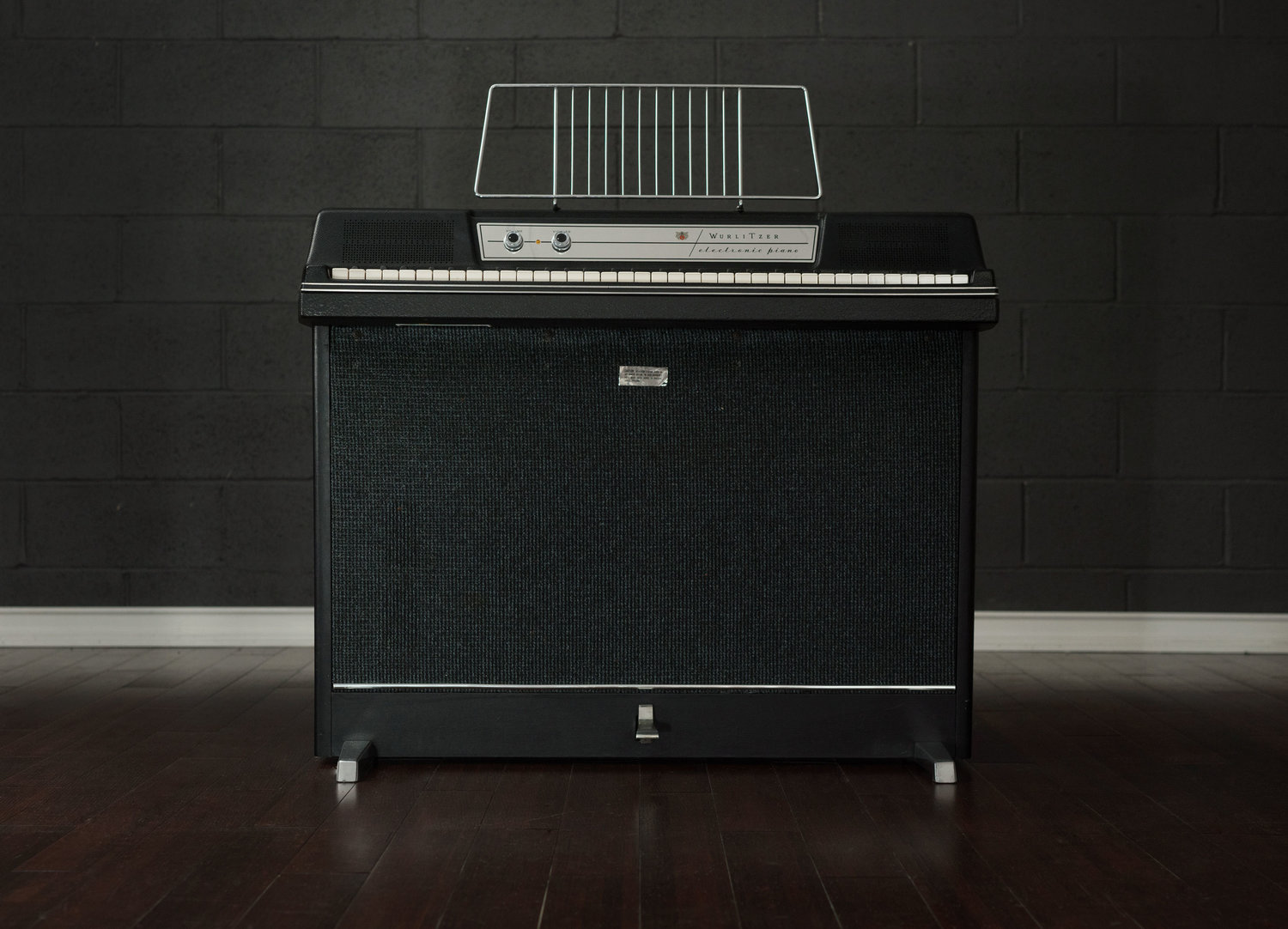 From the Archives: Wurlitzer 203