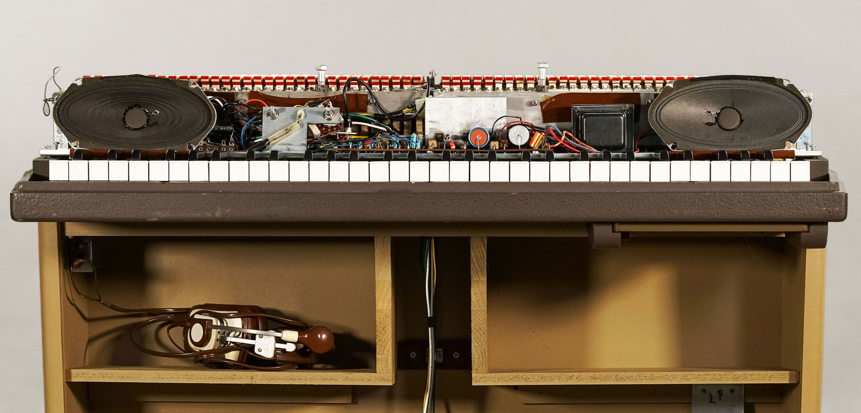 Steps to Restoring a Vintage Wurlitzer Keyboard