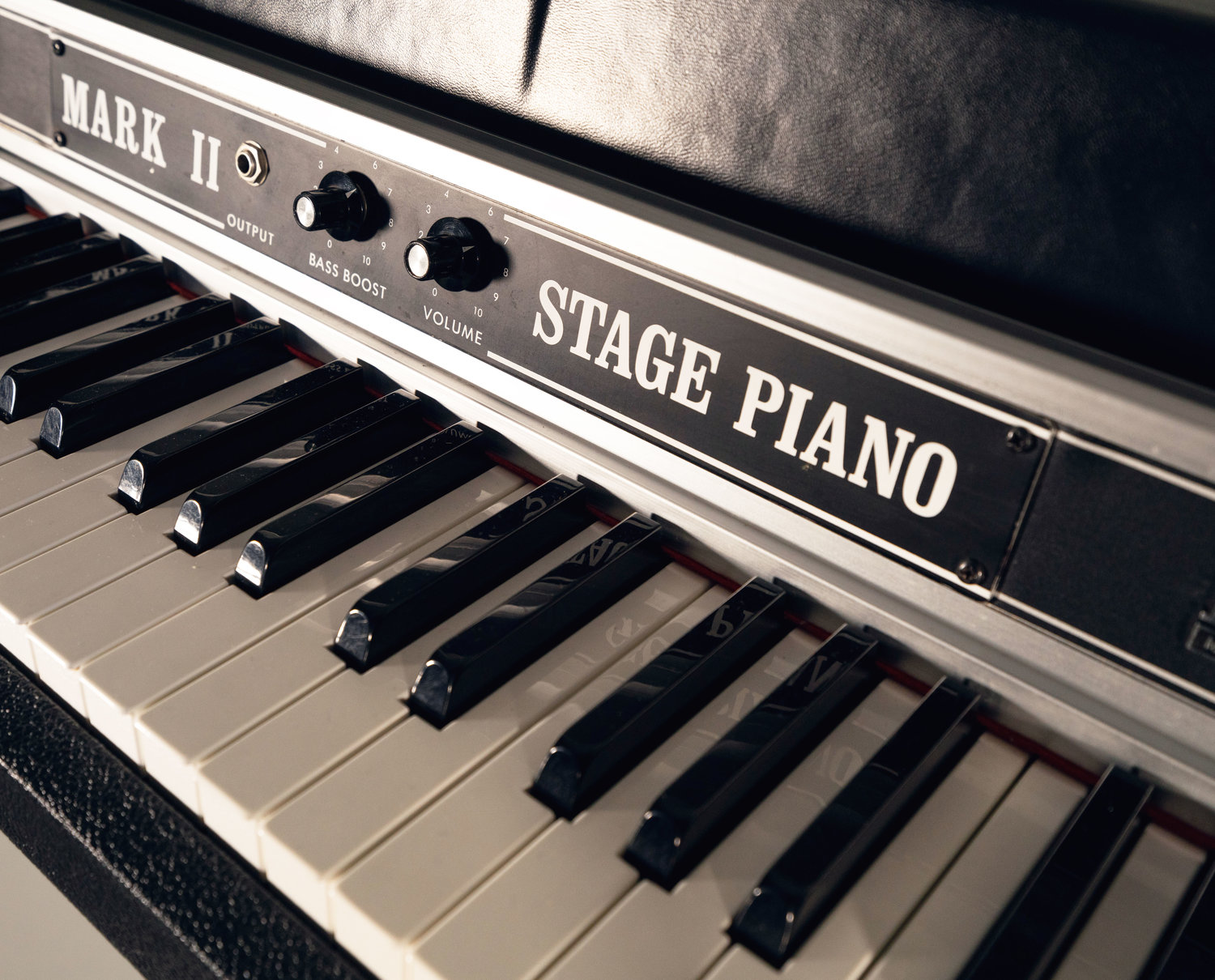 About the 1981-1984 Late-Model Rhodes Mk II
