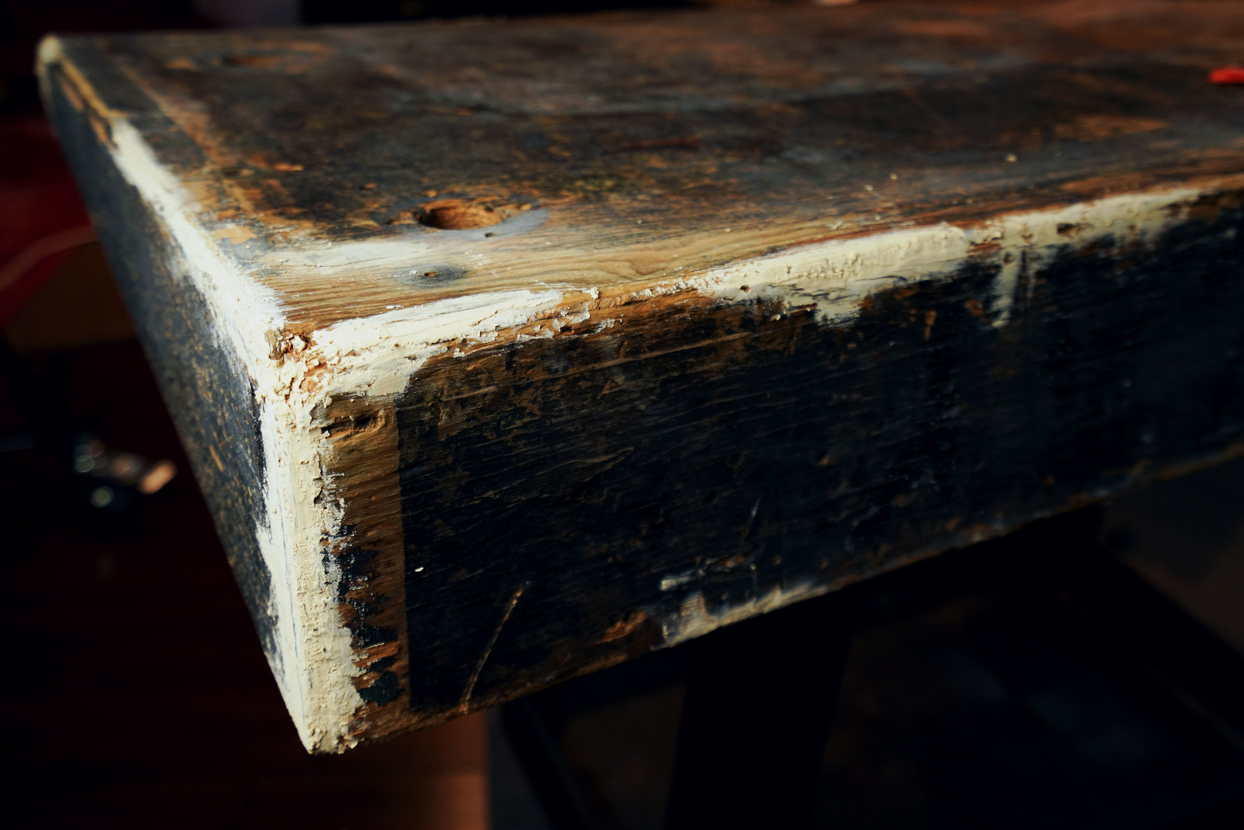 Then we use wood filler to ensure that the edges are even. This photo was taken before we sanded.