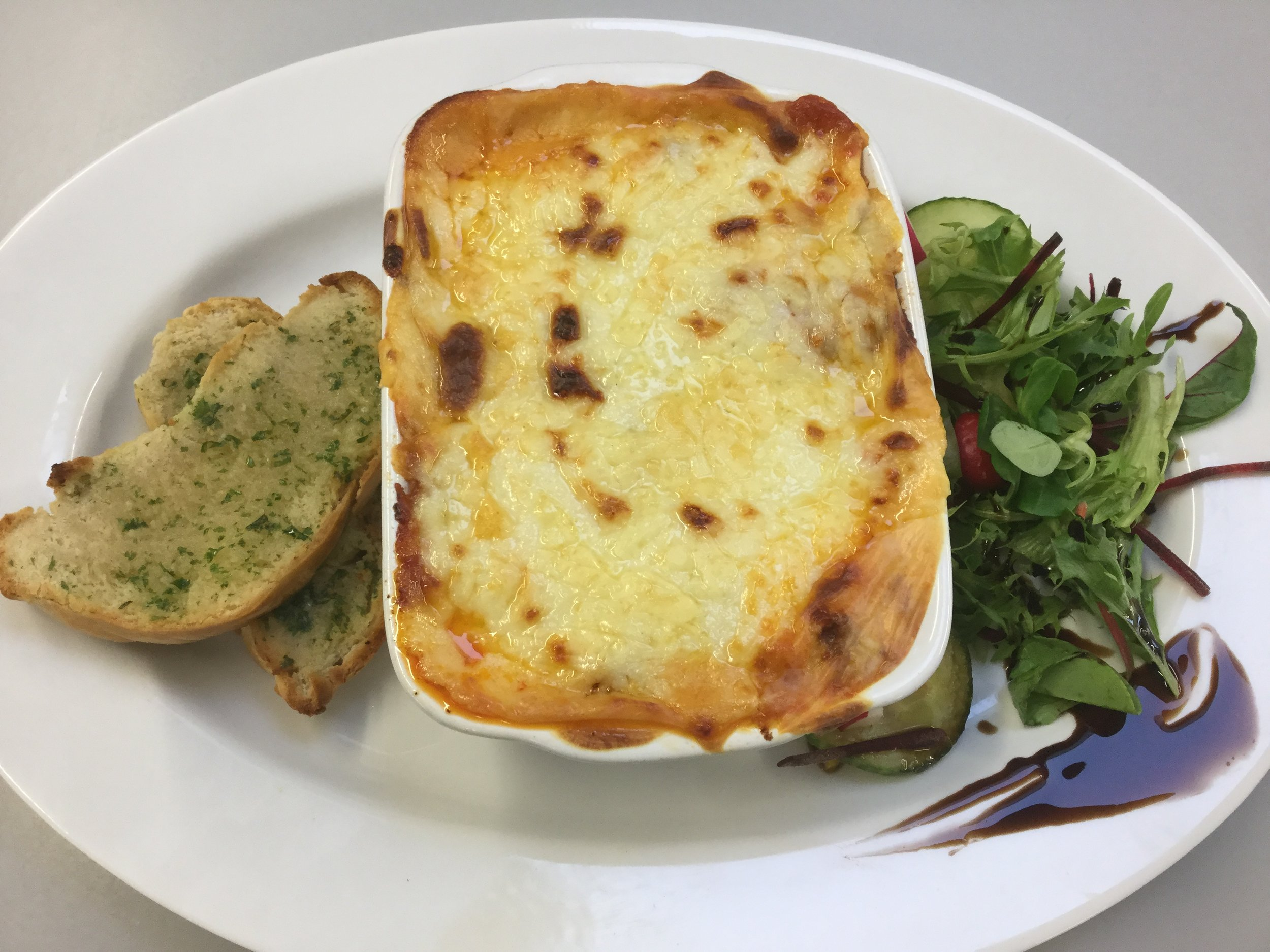 The finished lasagne dish