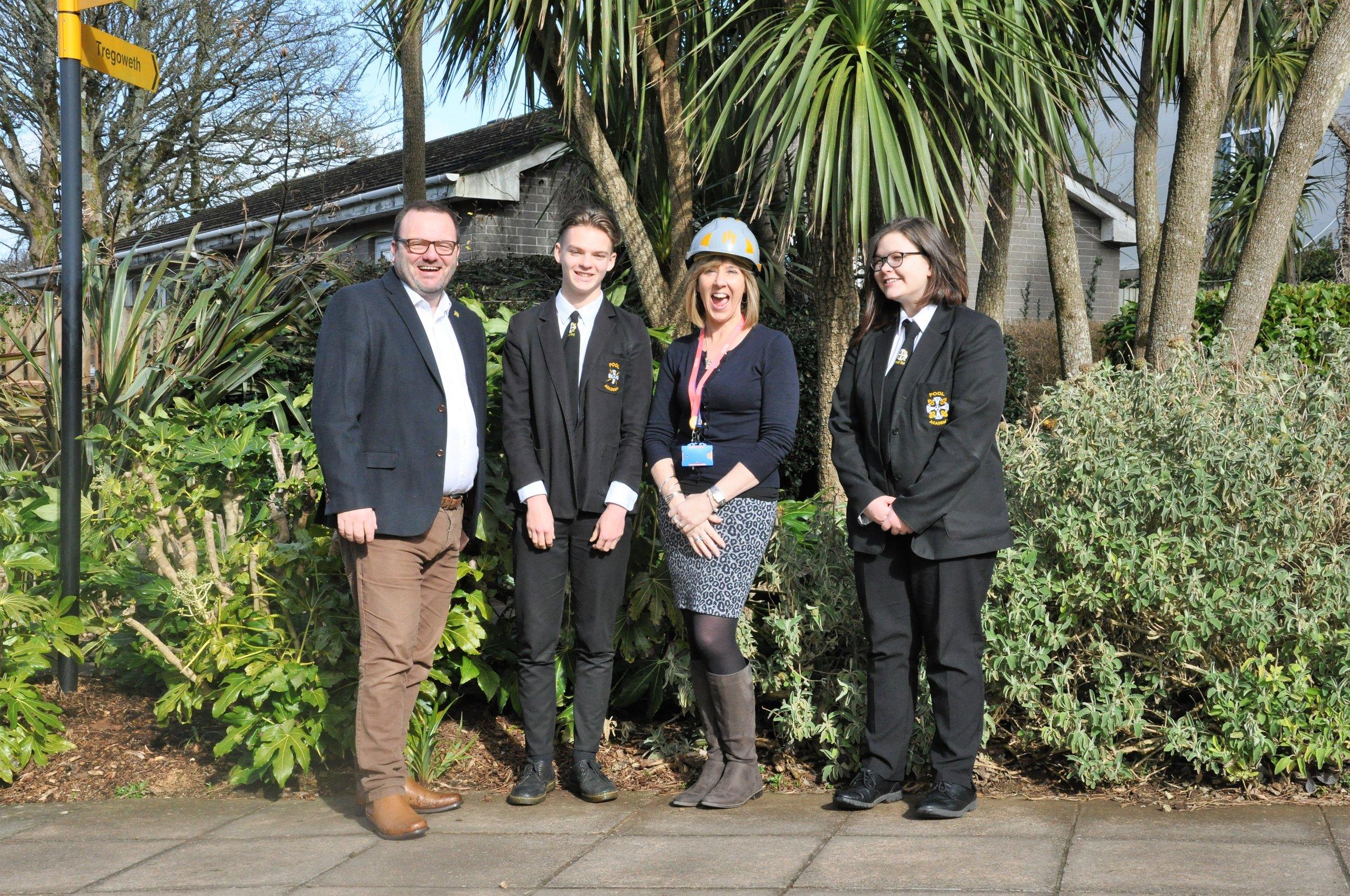 MIDAS Group representative with Head Girl, Head Boy and Nicola Grenfell the school career Advisor