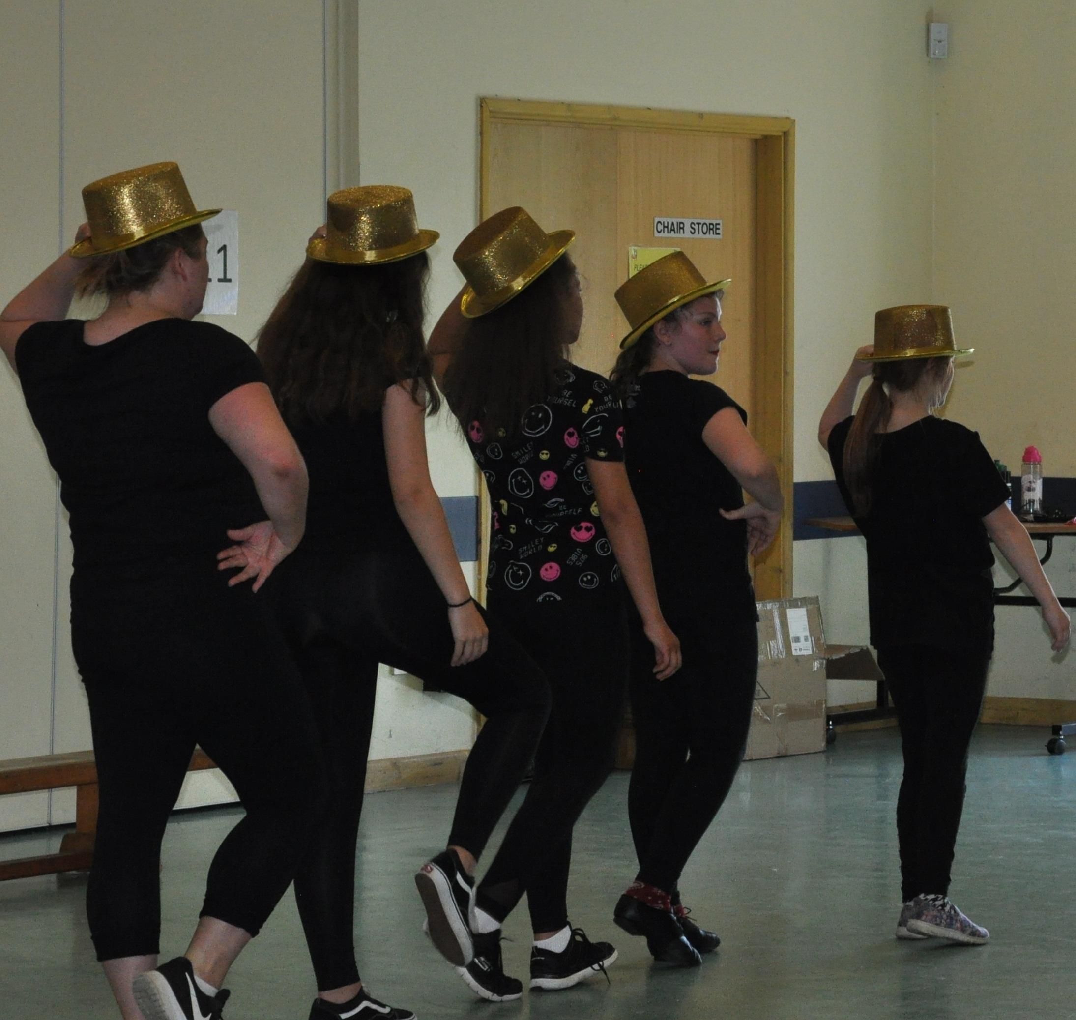 danceshow2.JPG