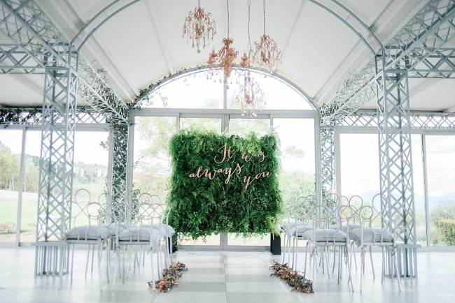 Copper-Metallic-Blush-Wedding-Ideas-23-650x434.jpeg