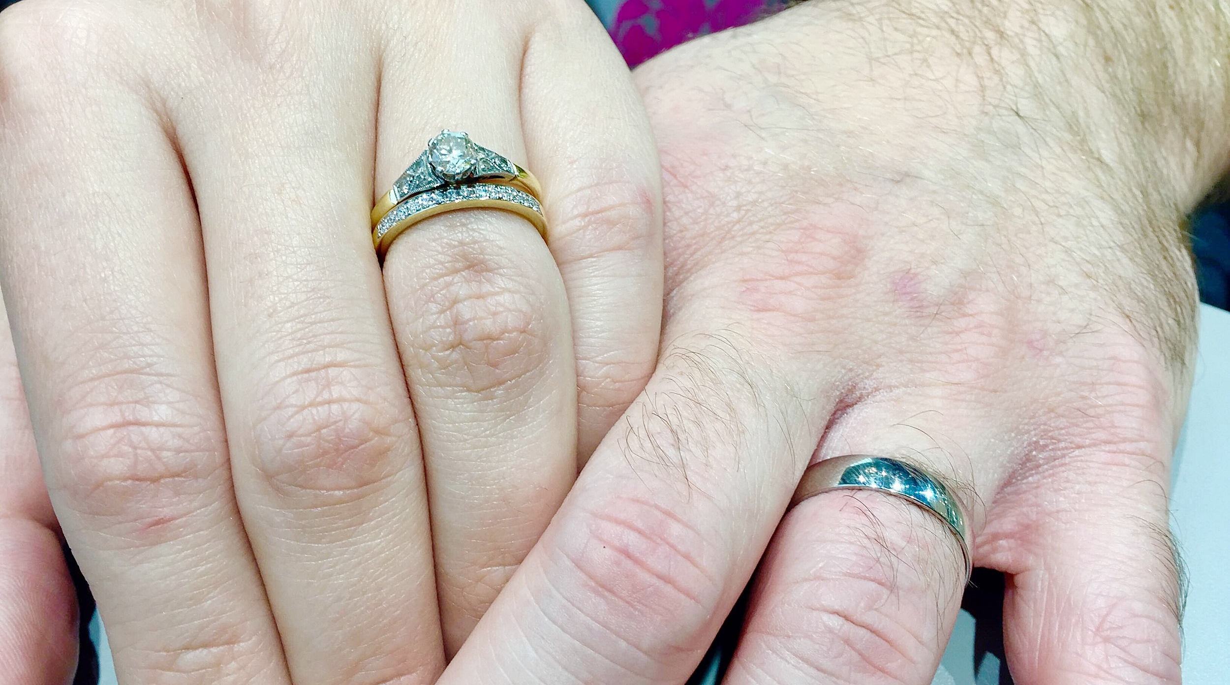 Jess and Lewis chose their beautiful wedding rings from their local Beaverbrooks store.