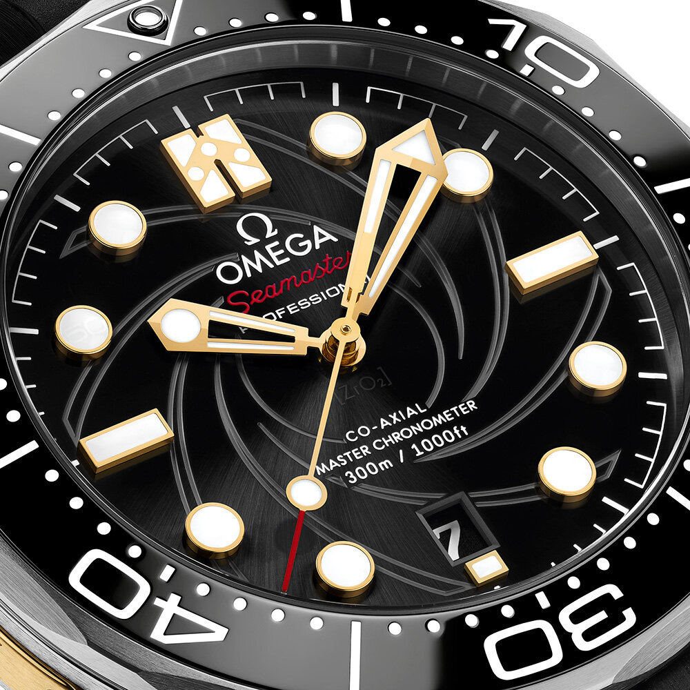 OMEGA_210.22.42.20.01.004_close-up-dial_LOW.jpg