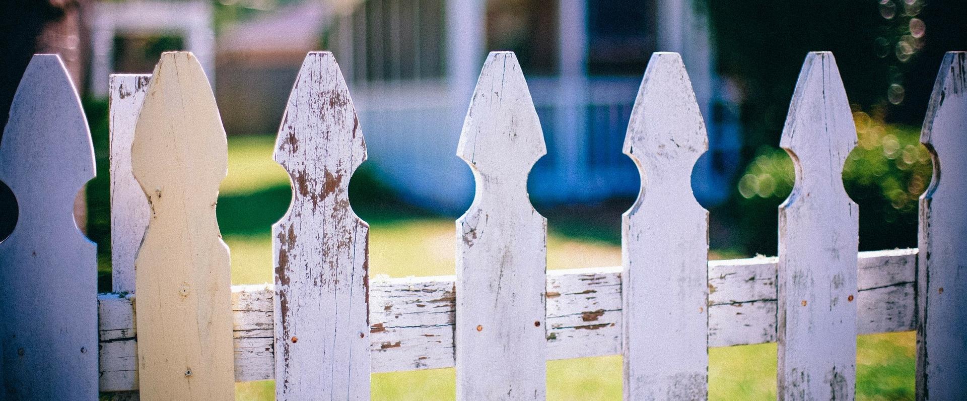 picket-fences.jpg