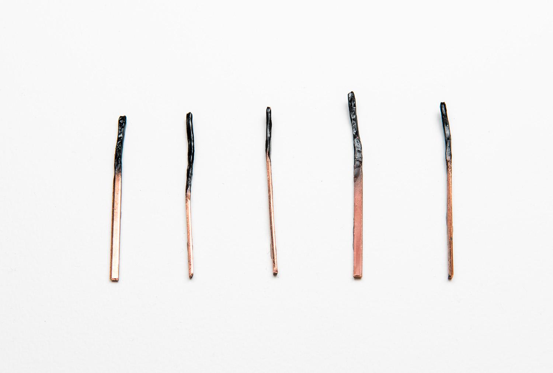 Mitch Mitchell,  All that remains,  2016,   bâtons d'allumettes en bois