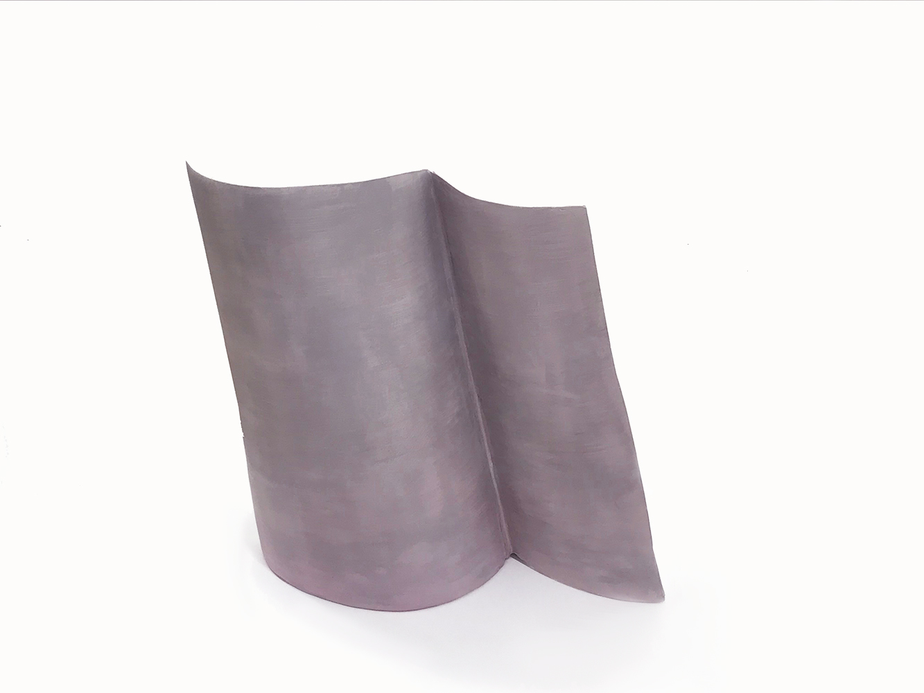 Simone Rochon, Formes fléchies no. 4 ,2017, plâtre, fibre de verre et peinture acrylique, dimensions variable.