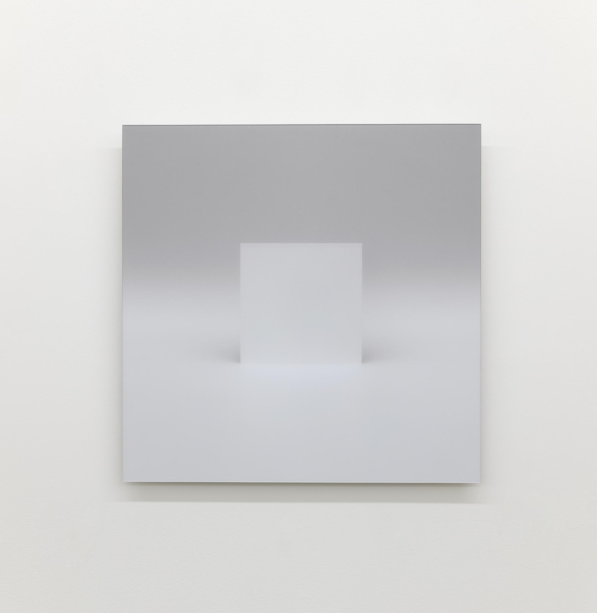 """Caroline Cloutier, Variations sur le plein et le vide, l'envers et l'endroit - Élément 1, 2017, impression numérique montée sous acrylique anti-reflet,24"""" x 24"""" (61 x 61 cm)."""
