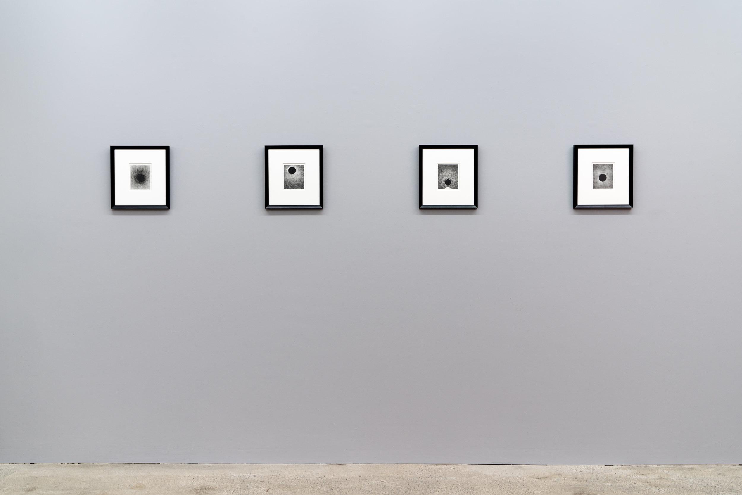 Carl Trahan,  Das Gleitende - 2 , 2018, vue d'exposition, Galerie Nicolas Robert, photo : Jean-Michael Seminaro