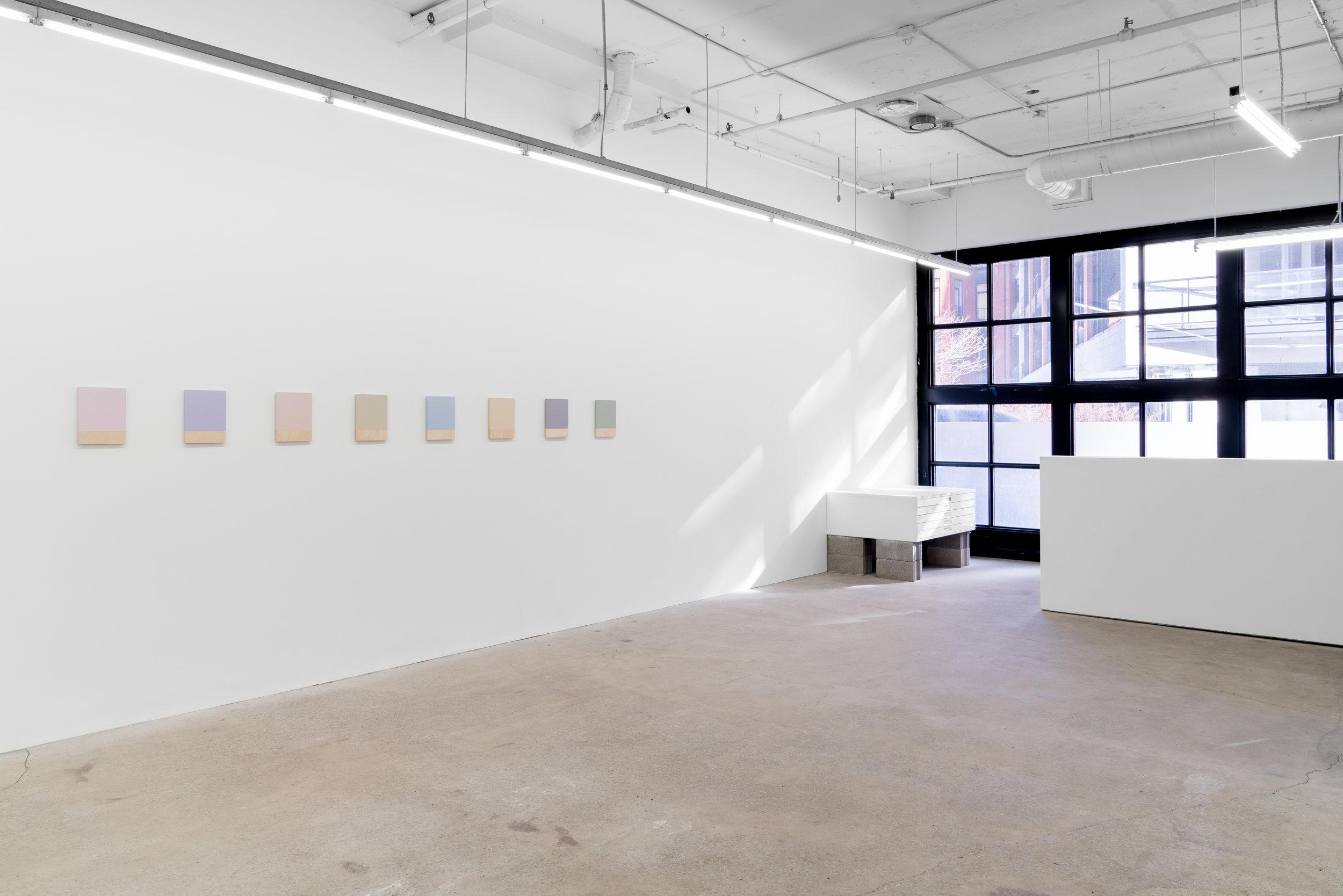 Guy Pellerin,  La couleur des lieux, Lisbonne , 2018, vue d'exposition, Galerie Nicolas Robert, photo : Jean-Michael Seminaro.