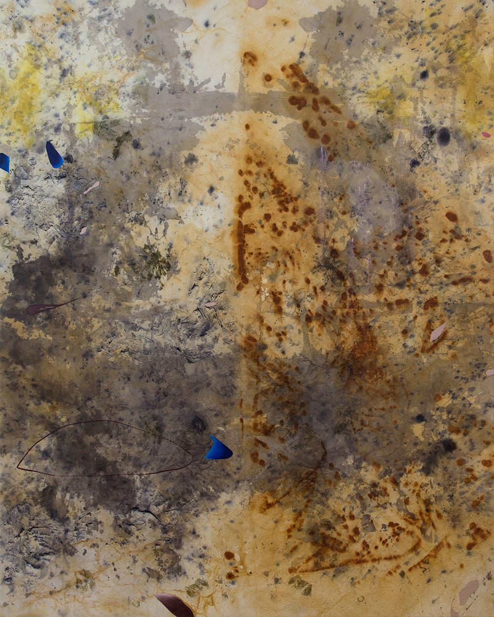 """Gillian King,  Each Vertebra a Stone , 2019, médium à cire froide, huile, pigments bruts, sédiments de rouille et divers matériaux végétaux (peau d'oignon, rose, sumac et fleurs sauvages) sur toile, 60"""" x 48"""" (152 x122 cm)"""