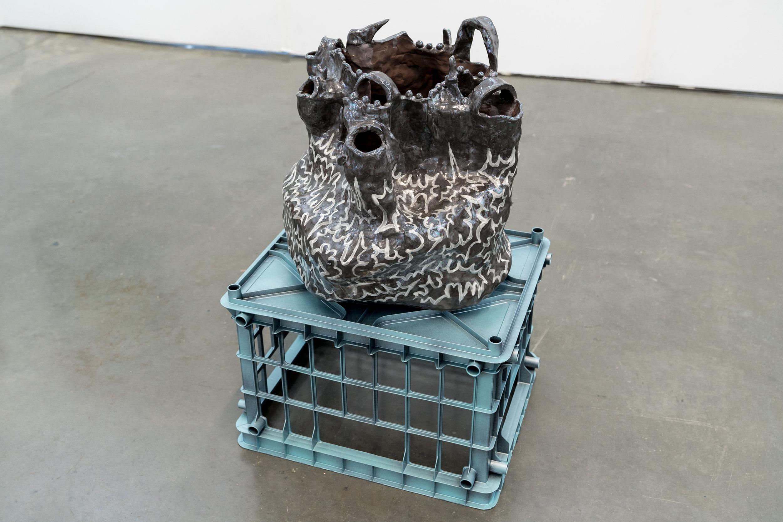 """Philippe Caron Lefebvre,  Électricité dans l'air,  2019, céramique, glaçure et peinture, 36 x 31 x 31 cm (14"""" x 12"""" x 12"""")"""