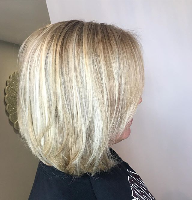 A beautiful & natural blonde blend Created by Angie! Call•text (518) 225.2225. . . . . . . . . #jennassalon #blonde #highlights #lowlights #bobhaircut #kmsapprovedus #goldwellapprovedus #watervlietny #lathamny #troyny #albanyny #cliftonparkny #upstateny #like4likes #like4follow