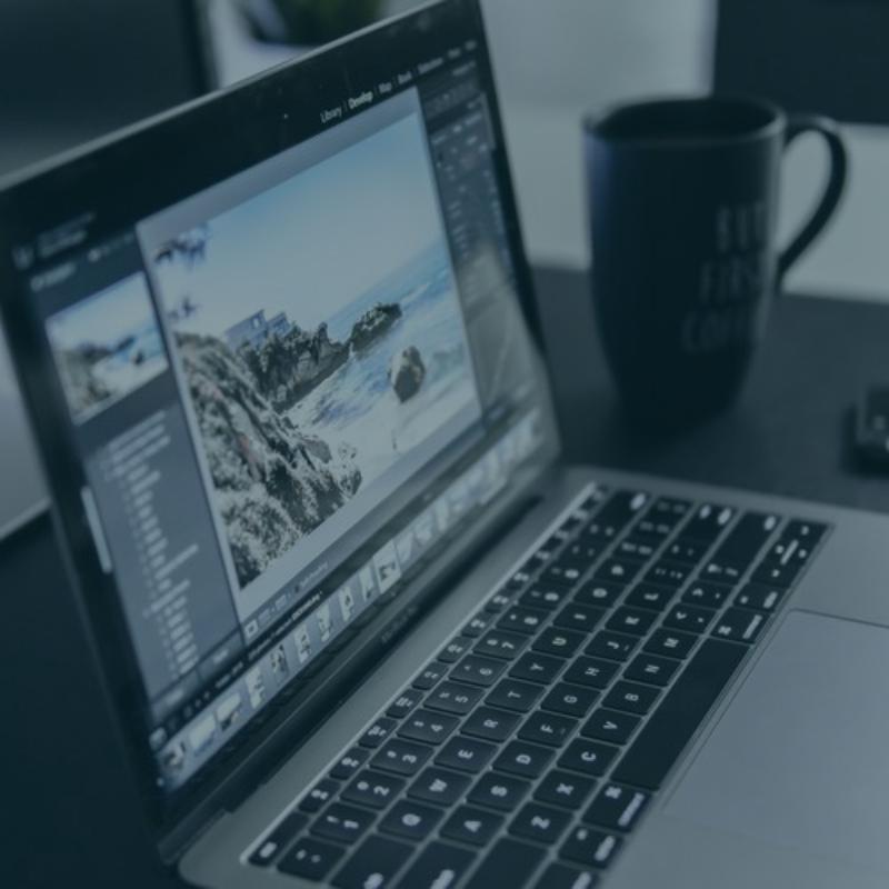 Multimedia Graphic Design Button