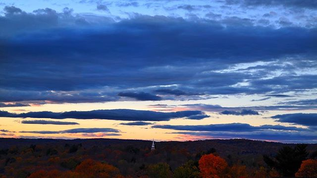 No filters needed with a view like this 🌅🌄 #thedownsgroup #thebelvedereproject #propertyviews #property #steeplechase #viewfromthetop #views #pointandshoot #potd #propertylisting #mendham  #njisbeautiful #nj