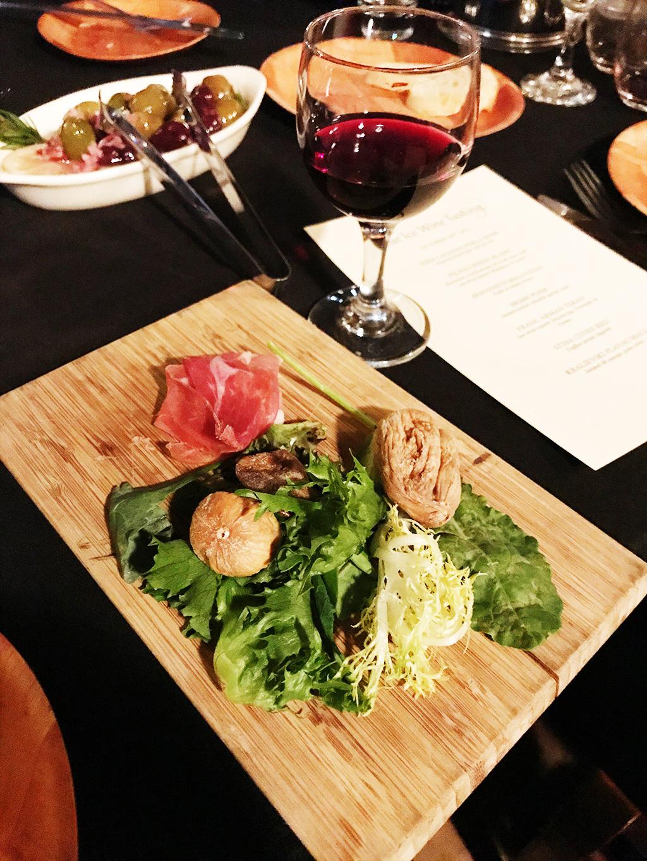 oct_26_wine_tasting_02.jpg