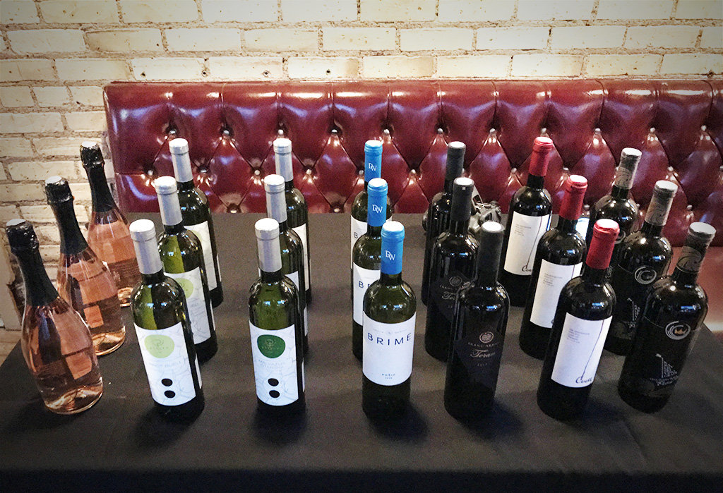 oct_26_wine_tasting_01.jpg