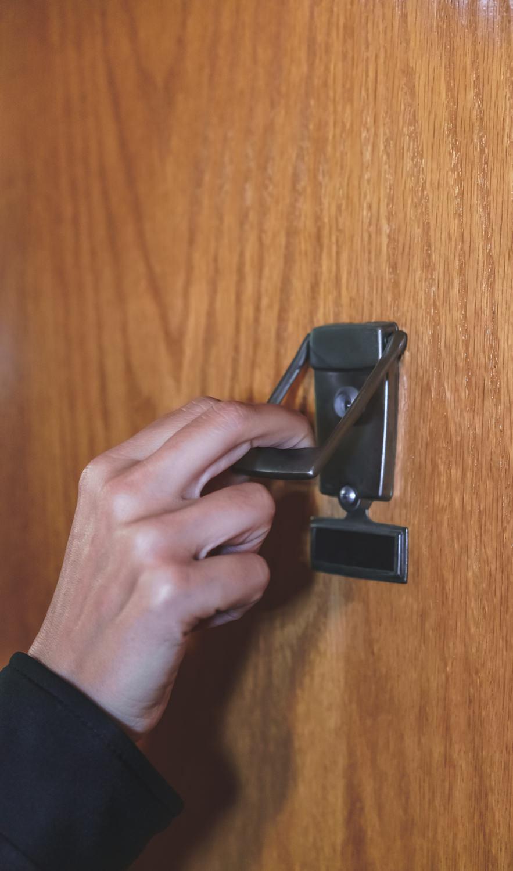DoorKnock-8469_fsf.jpg